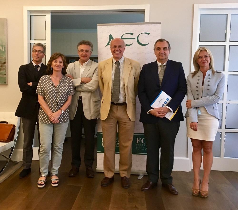 Acuerdo de colaboración entre la AEC y Editorial Médica Panamericana